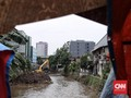 Siasat Anies-Sandi Kelola Sungai dan Banjir Jakarta