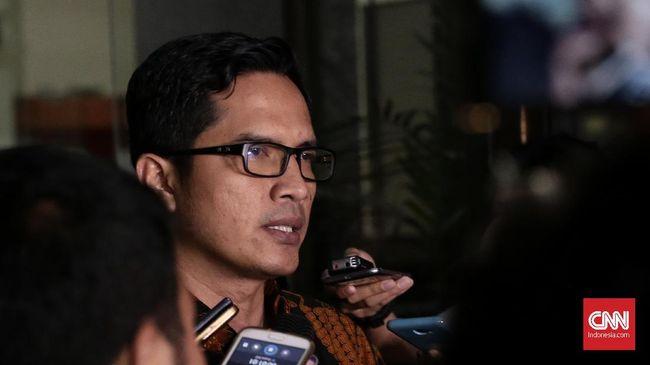 KPK Tahan Bupati Cirebon Terkait Suap Jual Beli Jabatan