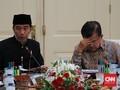 Masalah Ekonomi Bisa Jadi Batu Sandungan Buat Jokowi