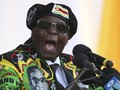Muncul Perdana Pasca Bukan Kudeta, Mugabe Hadiri Wisuda
