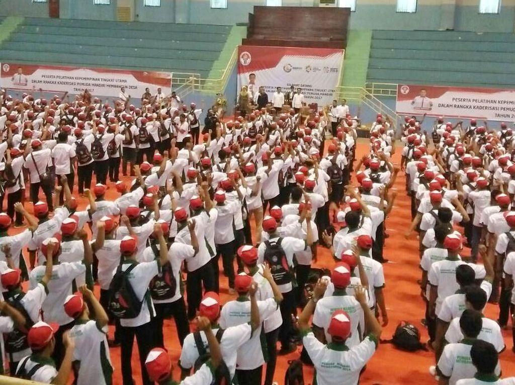 Dari 1.500 pemuda tersebut ada sekitar 200 sarjana olahraga. Pool/Kemenpora.