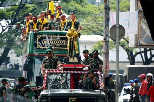 Kontingen Divif 2 Kostrad Sabet Trophy Juara Ton Tangkas TNI AD