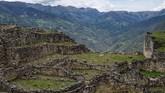 Suku Chachapoyas hidup di antara ketinggian Pegunungan Andes yang penuh awan. Kerajaan Inca menduduki wilayah mereka sebelum penaklukan Spanyol pada abad ke-16 Masehi. (AFP PHOTO / Ernesto BENAVIDES)