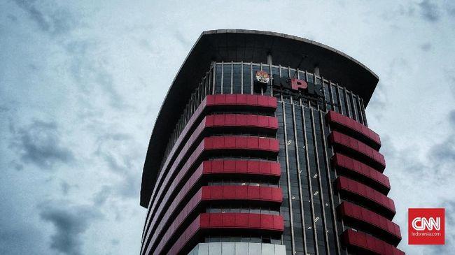 KPK Periksa Tiga Pejabat Garuda Terkait Emirsyah Satar