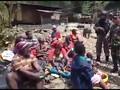 VIDEO: Ratusan Warga Dievakuasi dari Tembagapura