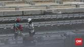 Pembangunan depo mass rapid transit (MRT) di Lebak Bulus sudah setengah menuju penyelesaian. (CNN Indonesia/ Hesti Rika)