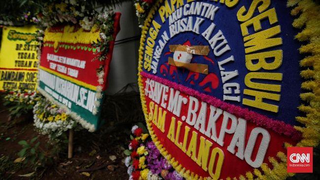 Pengusaha Polisikan Perusak Papan Bunga Satire Setnov