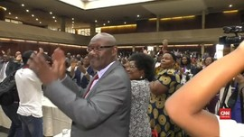 VIDEO: Presiden Zimbabwe Robert Mugabe di Ujung Tanduk