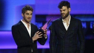 Andrew 'The Chainsmokers' Raih Piala Penulis Lagu Terbaik