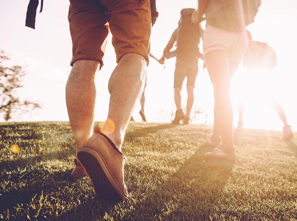 Ayo Gerak! Ini 7 Manfaat Jalan Kaki di Pagi Hari