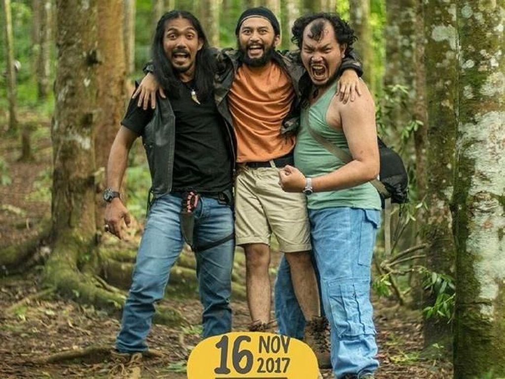 Trio Licik, tokoh antagonis di film Naura & Genk Juara dituduh melecehkan agama Islam. Namun beberapa orang justru memuji penampilan lucu mereka. Foto: Dok. Instagram/watashi_wa_alfiano