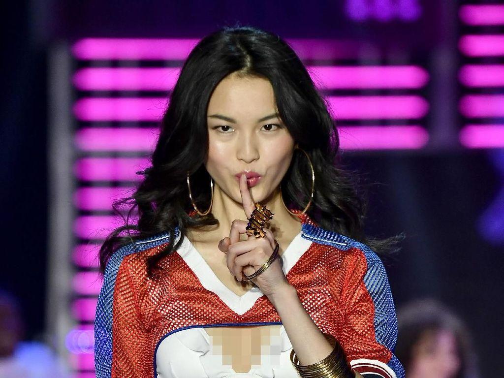 Polisi China Hentikan After Party Fashion Show Victorias Secret
