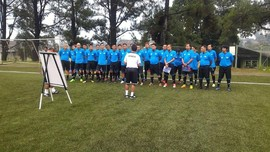 Hamka Hamzah dan Markus Horison Ikut Kursus Lisensi C AFC