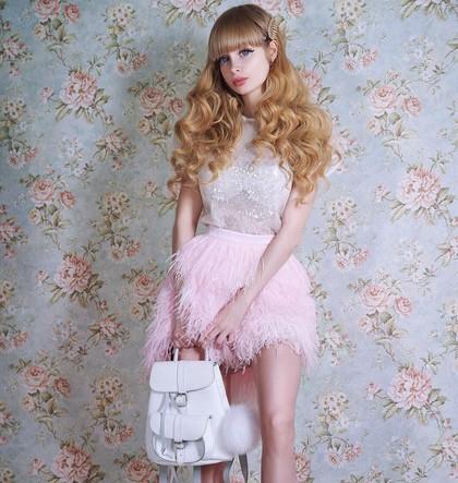 foto 10 wanita cantik ini mirip boneka barbie di dunia nyata