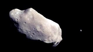 Bumi Dilewati Asteroid Tiga Kali Lebih Tinggi dari Monas