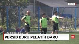 VIDEO: Persib Bandung Berburu Pelatih Baru