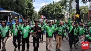 Ribuan Pengemudi Ojek Online Demo Istana Jokowi Hari Ini
