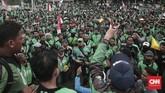 Selain demonstrasi, mereka juga akan melaksanakan aksi offbid alias tidak mengambil pesanan pelanggan pada hari ini (23/11). (CNN Indonesia/Andry Novelino)