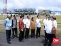 Sambangi Luhut, Bos AirAsia Minta Bandara Silangit Jadi Hub