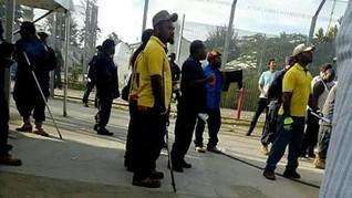 Papua Nugini Tarik Paksa Pengungsi dari Kamp Milik Australia
