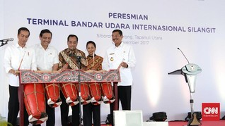 Jokowi Resmikan Bandara Silangit, Danau Toba Mudah Dikunjungi