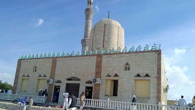 Saksi Mata Kengerian Serangan Teror di Mesjid Sinai, Mesir