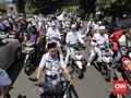 Massa Aksi 2411 Datangi Kantor NasDem, Pekik Takbir Menggema