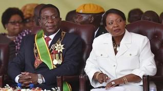 Presiden Baru Zimbabwe Bubarkan Kabinet Mugabe