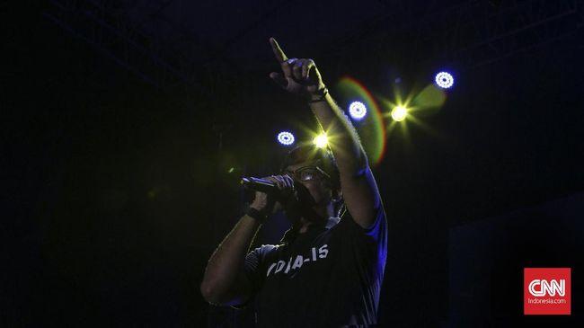 Nostalgia Lagu dan Panggung Lawak Stinky 'Plus' Andre Taulany