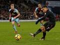 Penalti Sanchez di Menit Akhir Menangkan Arsenal