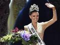 6 Fakta Menarik Demi-Leigh Nel-Peters, Miss Universe 2017