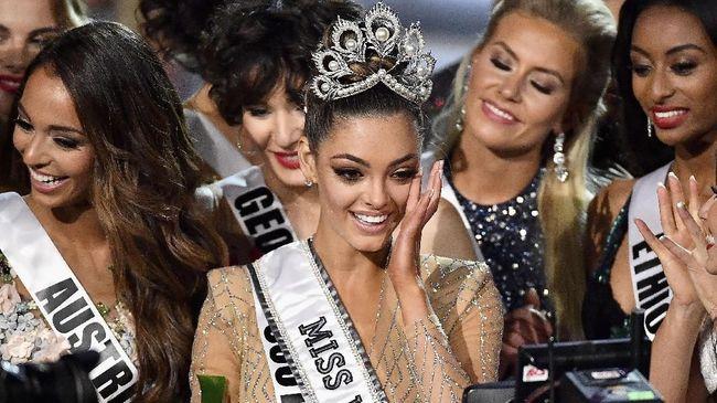 Gagal di Miss Universe 2017, Bunga Jelitha Minta Maaf