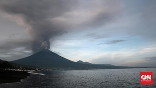 Gempa Hembusan Gunung Agung Meningkat dalam 24 Jam Terakhir