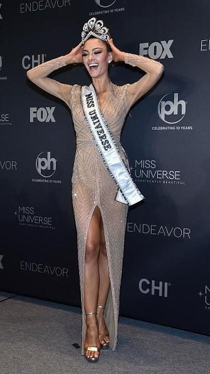 7 Fakta Menarik Demi-Leigh Nel-Peters, Pemenang Miss Universe 2017 1