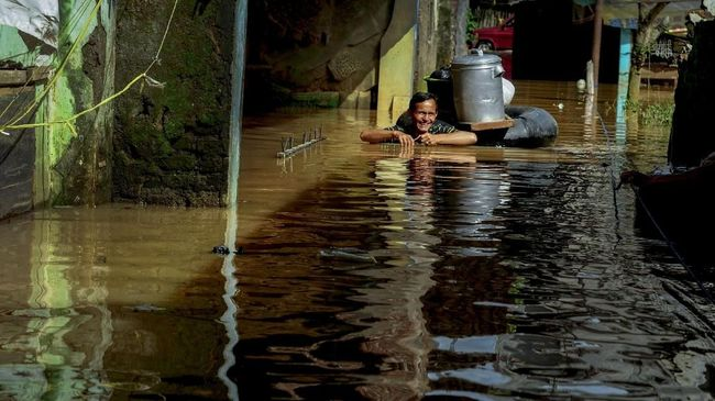 Siklon Tropis Cempaka Renggut 11 Nyawa