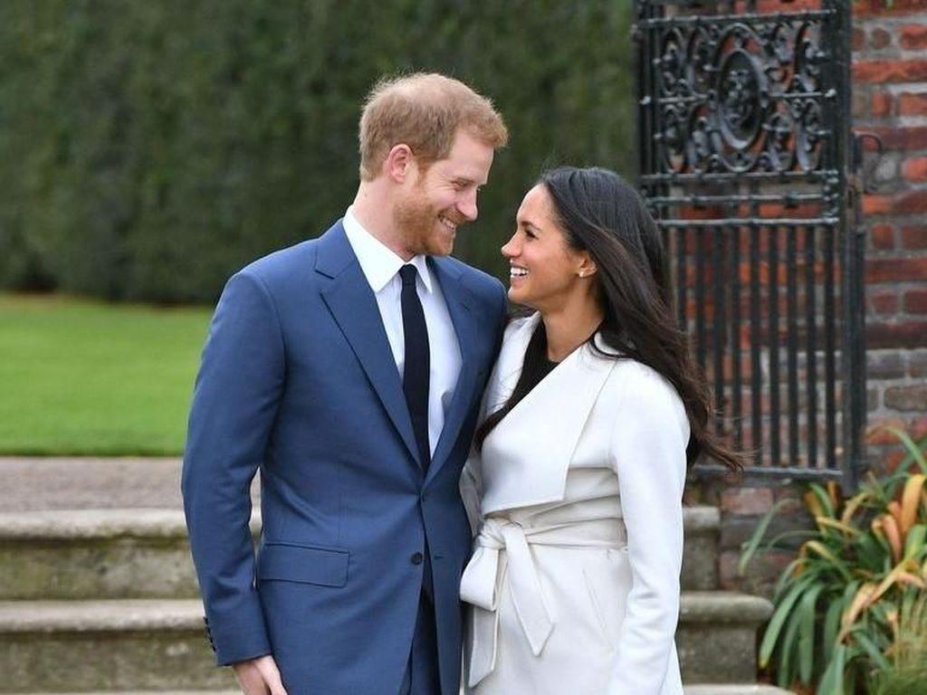 Perjalanan Cinta Pangeran Harry & Meghan dari Kencan Buta Sampai Menikah