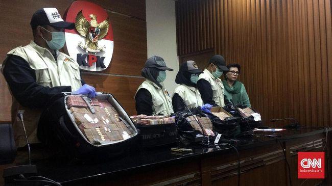Anak Buah Tersangka Suap APBD Jambi 2018 Diduga Rusak Barbuk