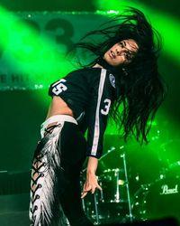 Wih, keren banget deh Camila Cabello! (Foto: Instagram @camila_cabello)
