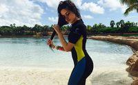Bahkan, wanita kelahiran 3 Maret 1997 ini pernah lho berenang bersama lumba-lumba. (Foto: Instagram @camila_cabello)