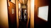 Seorang pria, diyakini di usia 50-an tahun meninggal dunia di kediamannya di Tokyo. Meninggal sendirian tanpa pasangan atau kerabat, ia menjadi korban terbaru dari tren lansia di Jepang bernama 'kodokushi' atau 'meninggal dalam kesendirian'. (AFP PHOTO / BEHROUZ MEHRI)