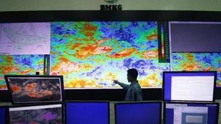 BMKG Deteksi Dua Bibit Siklon Tropis, Potensi Hujan Deras
