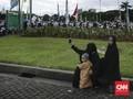 Teroris Dinilai Berhasil saat Warga Curigai Muslimah Bercadar