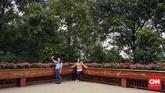 Mae Fah Luang dulunya ladang opium ilegal. Saat ini, lahan taman yang luas dipercantik dengan berbagai bunga dan pepohonan bertema.