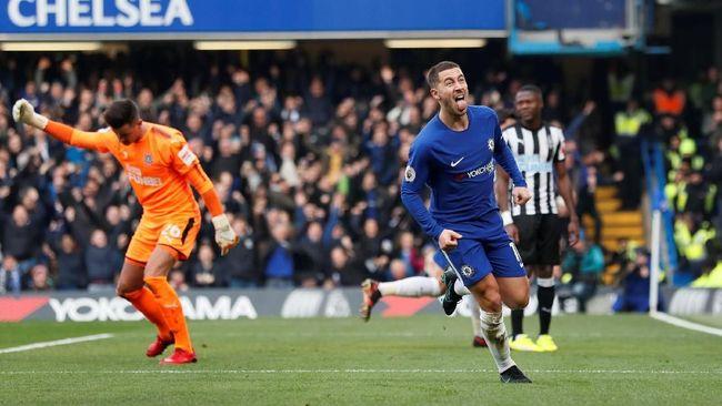 Conte Utamakan Chelsea Ketimbang Hazard