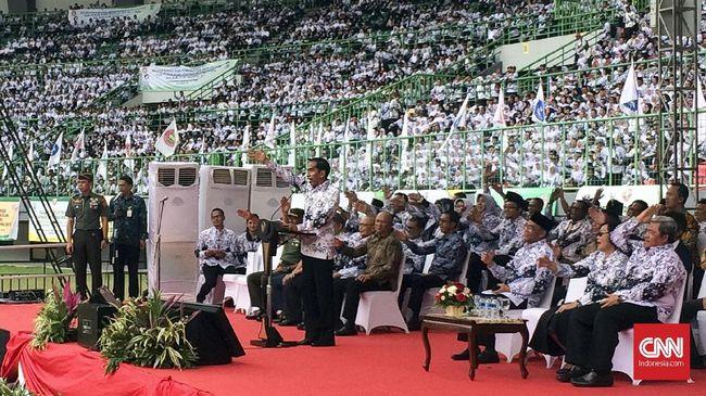 Janji Jokowi untuk Guru: Tunjangan Takkan Tertunda Lagi