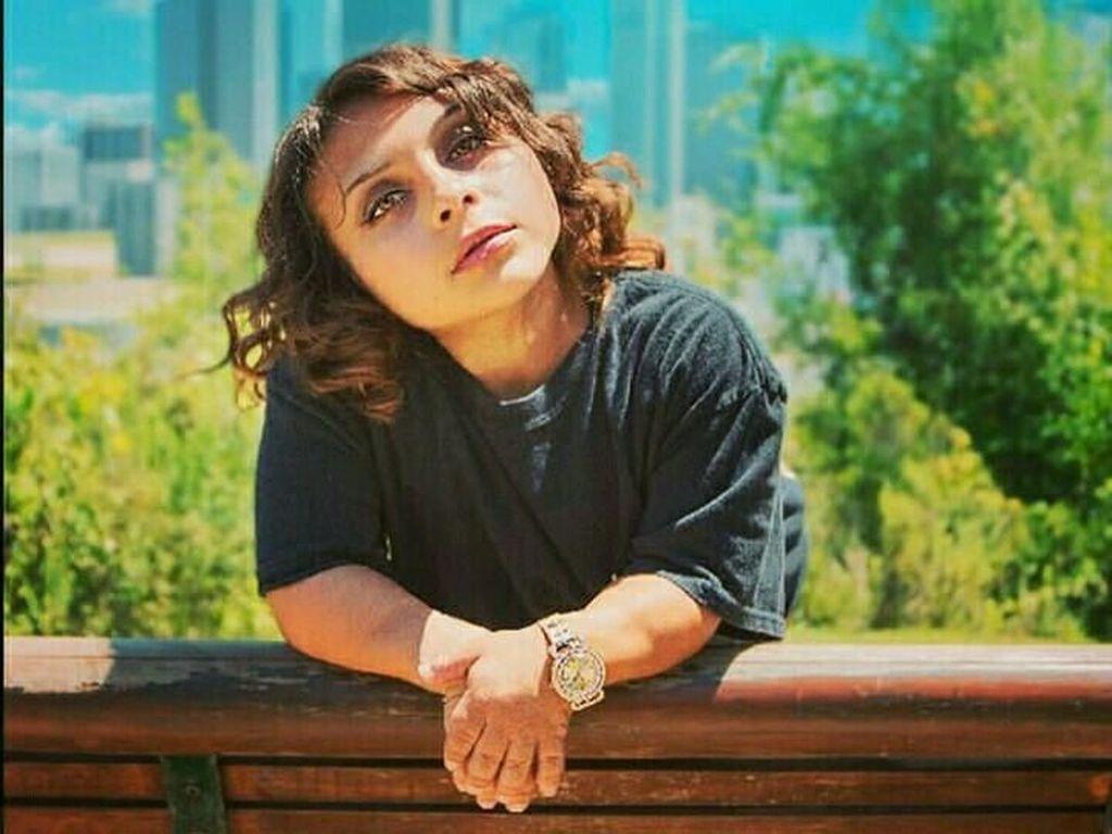 Pesona Dru Presta, Wanita yang Sukses Jadi Model Meski Bertubuh Kerdil