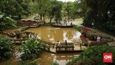 Dibangun sejak tahun 1987, vila dan taman ini resmi dibuka pada tahun 1988.