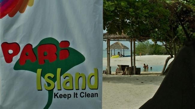 Pemerintah telah memprioritaskan pengembangan 10 destinasi wisata untuk menunjang target 20 juta wisatawan pada 2019. Salah satunya adalah Kepulauan Seribu yang merupakan kabupaten administrartif DKI Jakarta. (ANTARA FOTO/R. Rekotomo)