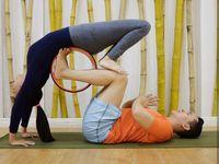 Sarwendah mengaku rutin melakukan yoga minimal seminggu sekali. Dengan cara itu ia bisa menjaga kebugaran tubuhnya. (Foto: Instagram/sarwendah29)