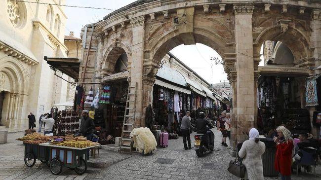 Rabi Yahudi Sebut Pemindahan Ibu Kota Israel Tak Tepat Waktu